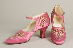Evening shoes, Pinet, circa 1925. Pink silk satin with polychrome silk embroidery.