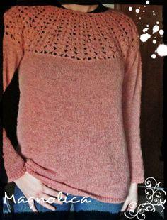 Magnolica: Sweater tejido a maquina combinado con crochet