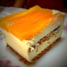 My wife's awesome sugar-free Mango Float... YUM!