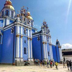 St. Michael's Golden-Domed Monastery. Capturado por borderjunkie