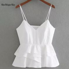 Cheap halter top, Buy Quality white crop directly from China white crop top Suppliers: SheMujerSky White Crop Top Women 2017 Summer Sleeveless Halter Tops Femme Sexy Cropped Crop Top Outfits, New Outfits, Trendy Outfits, Crop Top Dress, White Crop Top Outfit, Cute Summer Outfits, Cute Outfits, Girl Fashion, Fashion Dresses