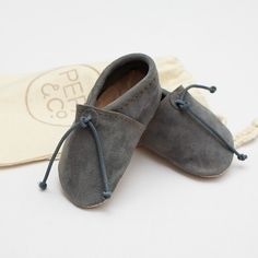 Handmade Baby moccasines – grey