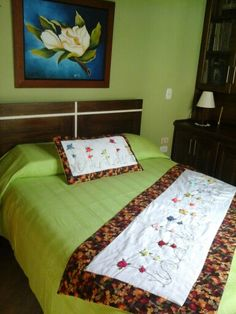 Bordado en cinta Furniture, Decor, Bed, Home Decor