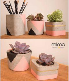 Concrete Pots Diy Concrete Planters, Concrete Bowl, Diy Planters, Decorated Flower Pots, Painted Flower Pots, Painted Pots, Tin Can Crafts, Diy Home Crafts, Pots D'argile