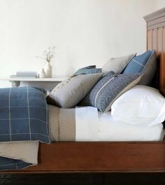 bed pillows decorating ideas