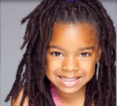 I want my kids to have locs! Natural Hair Art, Natural Hairstyles For Kids, Natural Hair Styles, Dread Hairstyles, Girl Hairstyles, Black Girl Dreads, Crochet Braids For Kids, Dreadlock Styles, Hair Locks