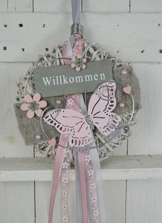 Beautiful door wreath / wall wreath This wreath can be used as a wall or ., Beautiful door wreath / wall wreath This wreath can be used as a wall or door wreath. Spring Door Wreaths, Christmas Door Wreaths, Etsy Christmas, Easter Wreaths, Summer Wreath, Christmas Ornaments, Heart Crafts, Diy Candles, Valentine Crafts