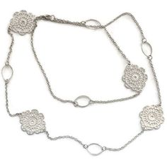 Long Filigree Medallion Necklace in Silver Tone, Flapper Style ($13) ❤ liked on Polyvore featuring jewelry, necklaces, filigree jewelry, medallion necklace, gatsby jewellery, silver tone necklace and filigree necklace