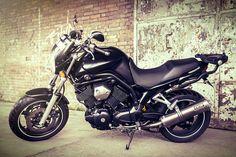 Motor, obiekt uznania i zainteresowania ;) Więcej zdjęć na http://klaudiacieplinska.pl/