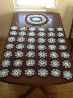 Three-piece Crochet Table Cloth Set (Field Of Flowers)