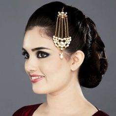 Featuring this beautiful Kundan jhoomar in our wide range of Hair Accessories. Grab yourself one. Now!