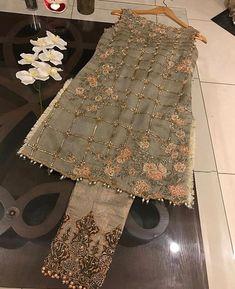 Beautiful 3 piece kameez with pallazzo style pants. Pakistani Party Wear Dresses, Simple Pakistani Dresses, Pakistani Fashion Casual, Pakistani Wedding Outfits, Indian Gowns Dresses, Pakistani Wedding Dresses, Pakistani Dress Design, Indian Outfits, Party Dresses