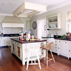Wohnideen Country oak beamed country kitchen beams country kitchen decorating and aga
