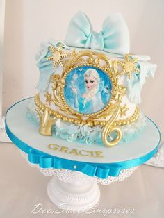 ornate Frozen cake