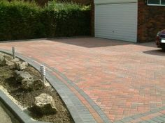 Driveways-Marshalls Keyblock block paviors in brindle with edging