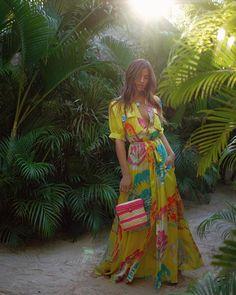 10 fashionable summer looks from the beautiful Rocky Barnes Estilo Boho Chic, Casual Dresses, Summer Dresses, Comfy Dresses, Summer Outfit, Resort Wear For Women, Buy Dress, Tulum, Bohemian Style