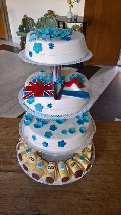Combineer ook jou bruidstaart met je lekkerste gebakje uit de winkel. Voor meer informatie kijk ook even op onze website www.123gebak.nl Website, Cake, Desserts, Food, Tailgate Desserts, Deserts, Food Cakes, Eten, Cakes