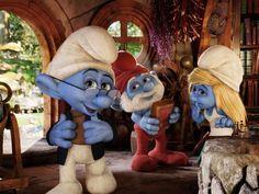 """Em """"Smurfs 2"""", as criaturinhas azuis vão para a Europa: a volta do Papai Smurf e da Smurfete (Foto: Sony Pictures / Divulgação)"""