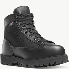 Best Hiking Boots 2018 - Hiking Boots For Women Black Hiking Boots, Gore Tex Hiking Boots, Danner Boots, Hiking Boots Women, Black Boots, Best Hiking Pants, Best Hiking Shoes, Hiking Tips