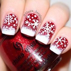 Winter Nageldesign Flocken Rot Weiss