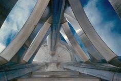Water tower detail - General Motors Technical Center, Warren Michigan (1945) | Eero Saarinen | Photo: Balthazar Korab