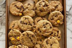 Gluten-free Chocolate Chip Cookies Almond Flour Cookies, Gluten Free Chocolate Chip Cookies, Best Chocolate Chip Cookie, Oats Recipes, Cookie Recipes, Kinds Of Cookies, Gluten Free Baking, Vegetarian Chocolate, Sweet Treats