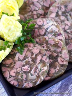 podroby-z-galarecie-ala-salceson Cold Cuts, Polish Recipes, Polish Food, Smoking Meat, Easter Recipes, Charcuterie, Ketogenic Diet, Carne, Potato Salad