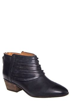 Clarks Women's Spye Celeste Black Ankle-High Leather Boot - 8.5M