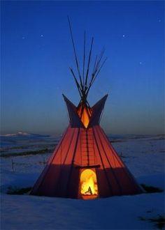 TIPI AT BLACKFOOT TIPI VILLAGE & LODGEPOLE GALLERY • Blackfeet Indian Reservation, Montana, USA.