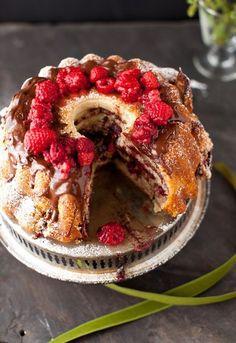 малиново-шоколадный пирог