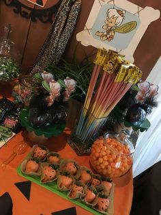Melanie S's Birthday / Flintstones - Photo Gallery at Catch My Party 1 Year Old Birthday Party, Boys 1st Birthday Party Ideas, Twin Birthday Parties, Second Birthday Ideas, Baby 1st Birthday, Birthday Party Decorations, Baby Shower Treats, Baby Shower Fun, Gender Reveal Decorations Diy