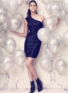 black/balloons