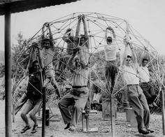 Black Mountain College, photo by K. Snelson, 1949. Some notable faculty and alumni:  Josef and Anni Albers,  John Cage, Merce Cunningham, Willem de Kooning, Buckminster Fuller, Walter Gropius,  Robert Motherwell, Cy Twombly, Robert Rauschenberg.