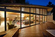 Casa L es una residencia creada por el despacho Serrano Monjaraz Arquitectos, conformado por Juan Pablo Serrano Orozco y Rafael Monjaraz Fuentes. | Galería de fotos 1 de 8 | AD MX