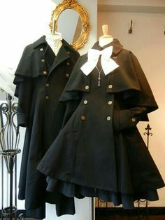 Caped Lolita coats-Men's and Women's >>>i want to match with a boi Cosplay Outfits, Anime Outfits, Emo Outfits, Cute Casual Outfits, Pretty Outfits, Mode Lolita, Mode Kawaii, Kawaii Clothes, Character Outfits