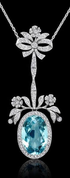 A Belle Epoque aquamarine & diamond pendant