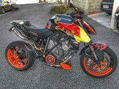 Motorcycle Decals, Motorcycle Bike, Ktm Super Duke, Ktm Motorcycles, Moto Car, Ktm Duke, Sportbikes, Biker Girl, Car Wrap