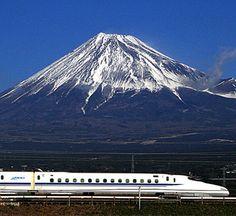 Un musee niponian cree un robot 'expert' en le tren balle