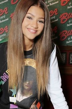 if your a zendaya fan please follow this board thank you =]
