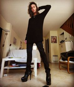 Legs + heels, yes I love them :)