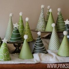 Christmas Tree Advent Calendar {Christmas Countdown} or just beautiful decorations that the kids can help with.