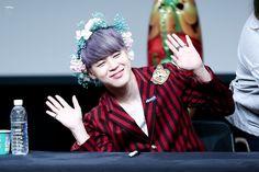 Jimin ❤ BTS at the Mokdong Fansign #BTS #방탄소년단