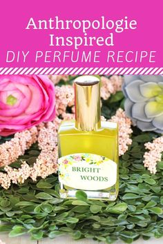 Are you ready to make your own designer perfume using essential oils? This post will share my Anthropologie inspired homemade perfume recipes with an added free printable PDF labels bonus! Perfume Glamour, Perfume Diesel, Making Essential Oils, Lime Essential Oil, Essential Oil Perfume, Diy Perfume Recipes, Homemade Perfume, Fragrance, Diy