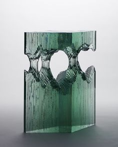 Sheets of Glass Cut into Layered Ocean Waves by Ben Young waves water sculpture… Water Sculpture, Art Sculpture, Cut Glass, Glass Art, Wine Glass, Laminated Glass, Colossal Art, Inspiration Art, Art Plastique