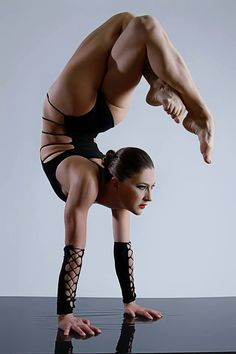 Handstand - Arching back