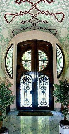 49Art Nouveau Architecture