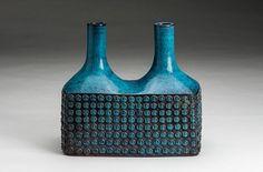 My Paisley World: Stig Lindberg Pottery Umea, Porcelain Ceramics, Ceramic Pottery, Stig Lindberg, Pottery Marks, Nordic Home, Vintage Pottery, Vintage Vases, Mid Century Art