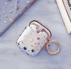 Cute Ipod Cases, Girly Phone Cases, Iphone Cases, Accessoires Ipad, Cute Headphones, Earphone Case, Bare Bears, Airpod Case, Aesthetic Colors