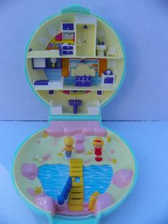 Vintage COMPLETE  Polly Pocket Polly's Beach House Variation Compact with Original Figures , 1989 Bluebird Toys , Polly Pocket 5120 Compact by ShersBears on Etsy