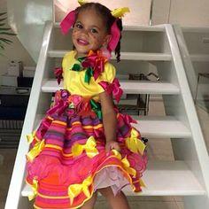 Instagram media atelierlydiaseabra - Linda matutinha  #atelierlydiaseabra #lydiaseabra #handmade #feitoamao #vestidodecrianca #vestidodesaojoao #saojoao2015 #vestidocaipira #vestidomatuta #matuta